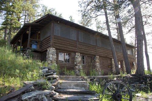 Palmer Gulch Lodge